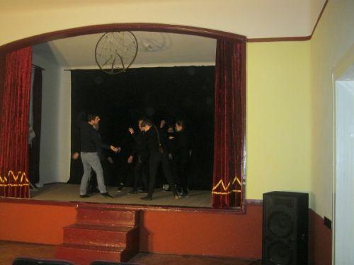 """Festivalul International de Teatru pentru liceeni """"Ioana Cîcu"""".Prima zi"""