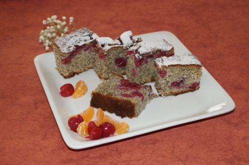 Prăjitura cu mac şi fructe ca la CAREI