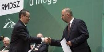Inţelegere Ponta – Kelemen: Liderul UDRM demisionează din Executiv,dar UDMR rămâne la Putere şi Guvernul nu mai trimite documente către Curtea de la Luxemburg