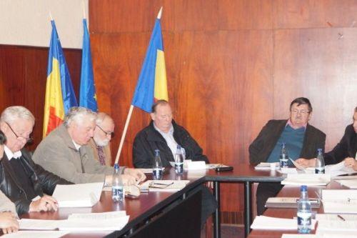 După cartea familiei Karolyi,primarul a comandat şi varianta filmată