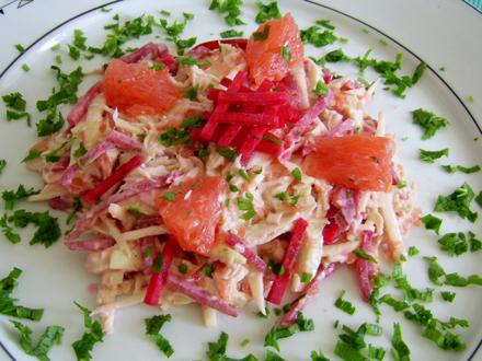 Salată de ţelină şi sfeclă roşie cu muştar