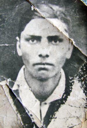 Căutarea şi deshumarea lui Gheorghe Paşca şi Gavrilă  Rus,ucişi de securitatea comunistă la  5 februarie 1956
