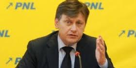 Antonescu îl desfiinţează pe Ponta şi-l consideră continuatorul lui Băsescu