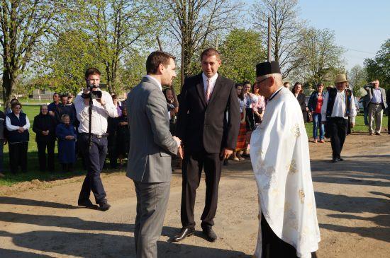 Principele Nicolae primit călduros de moţii din Ianculeşti