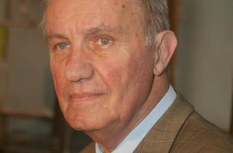 Academicianul Dinu C. Giurescu și-a dat demisia din Parlamentul României și din PC
