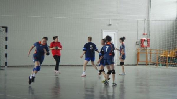 Programul meciurilor Memorialului Mircea Dohan la handbal
