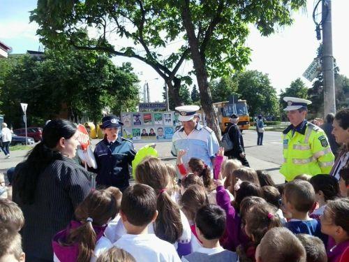Activităţi de educaţie rutieră