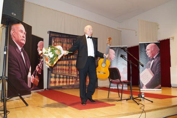Concert Tudor Gheorghe: Limba română este patria mea!