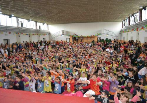 """Întâlnirea Copiilor din Eparhia de Oradea cu Preasfinţitul Virgil, la Liceul """"Don Orione"""""""