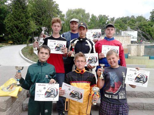 Karting:6 medalii pentru careieni