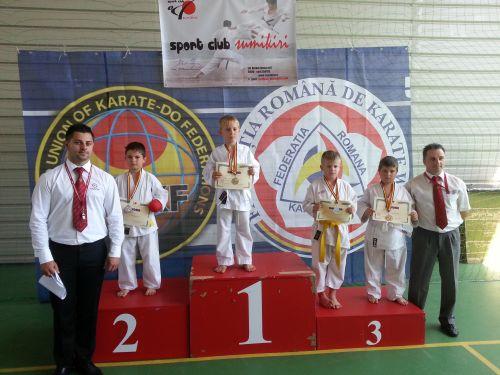 """Nouă medalii pentru karateka de la CSM Satu Mare la """"Cupa Hermannstadt"""""""