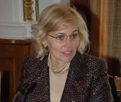 Pentru viitorul vicepremier şi ministru al Culturii din România,limba română e  o limbă străină ,conform CV-ului său