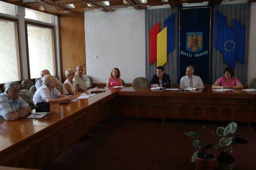 Sedinţă cu reprezentanţii sistemului public de sănătate
