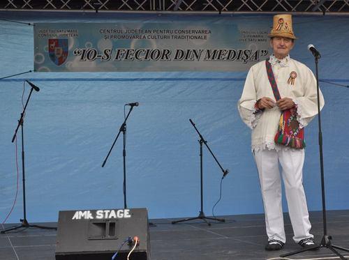 Festivalul folcloric ,,Rozmarin în colţu' mesii'', la a doua ediţie