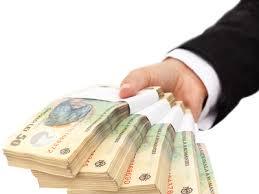 Un pericol pentru economie: Companiile româneşti nu pot ţine pasul cu salariile oferite bugetarilor