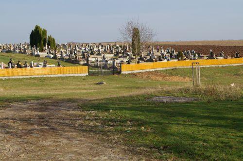 O Primărie din judeţul Satu Mare refuză construirea unei Capele mortuare pentru satul din administrare