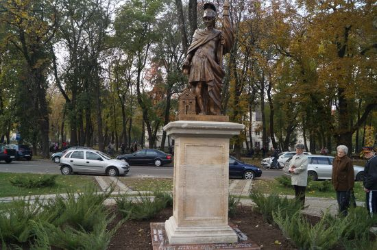 Statuia Sfântului  Florian repusă  în Carei după 11 ani