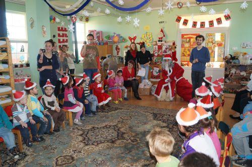 Cadouri pentru copiii de la Centrul Klaus Winter