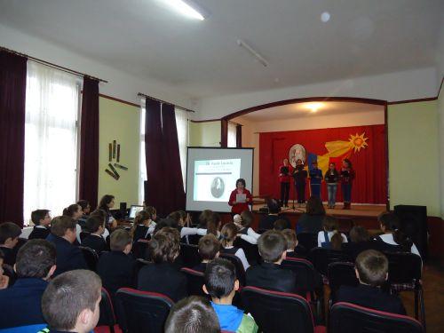 """Manifestări culturale  la Şcoala Gimnazială """"Vasile Lucaciu"""""""