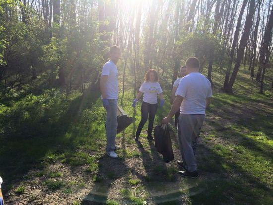 Acţiuni de ecologizare efectuate de tinerii  liberali