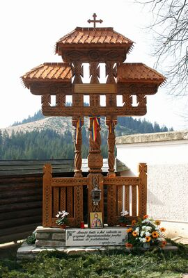 DOCUMENTAR Ziua națională în memoria românilor – victime ale masacrelor de la Fântâna Albă și alte zone
