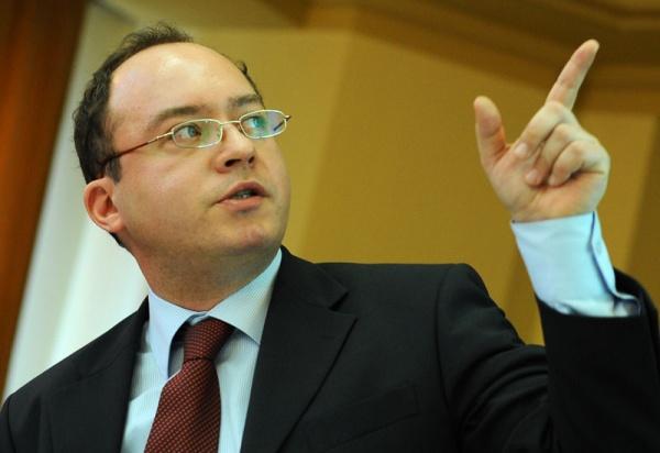 Aurescu: Suntem îngrijorați de soarta românilor din Ungaria