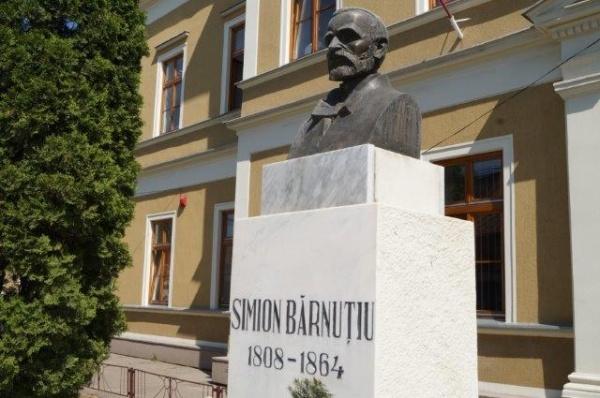 SIMION BĂRNUŢIU – un luptător neînfricat pentru drepturile românilor ardeleni