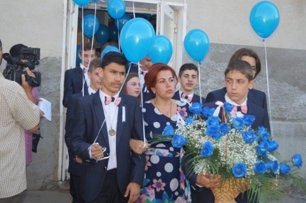 Programul festivităţilor de absolvire a claselor a VIII-a