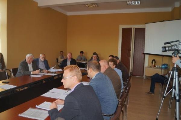În Primăria Carei, fără simboluri ale statului român în sala de şedinţe a Consiliului Local