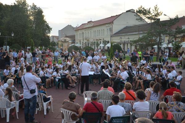 Concert de fanfară în deschiderea AugustFest 2015