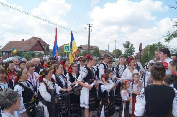 Festivalul de la Gelu a reunit moţii de câmpie cu cei din Ţara de Piatră