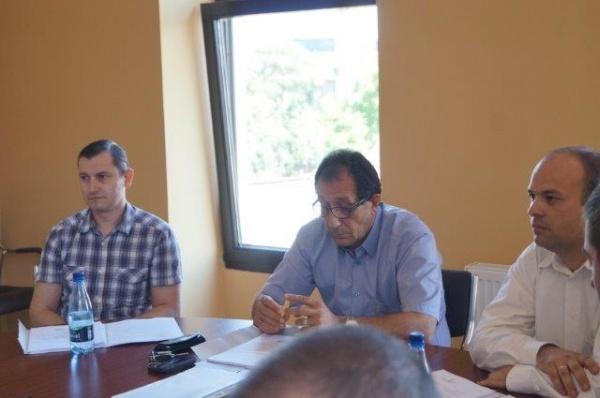 Intervenţia consilierului Ciută aduce aerul  condiţionat  în capela mortuară