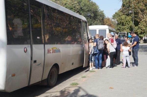 Cititorii semnalează…nereguli la transportul elevilor din mediul rural