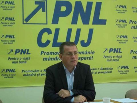 Deputatul Adrian Oros: În ultima zi, PSD a mai dat o lovitura de 194 milioane de euro direcţionând bani europeni
