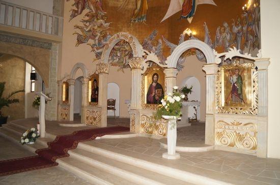 Vă place cum arată biserica Sf.Apostol Andrei din Carei? Pe Harta Carei de pe pagina primăriei nu există