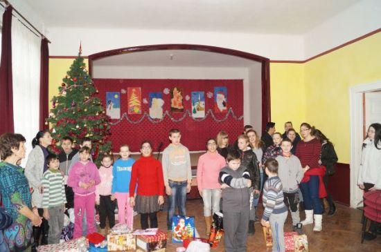 """Târgul de Crăciun de la Şcoala Gimnazială ,,Vasile Lucaciu"""""""