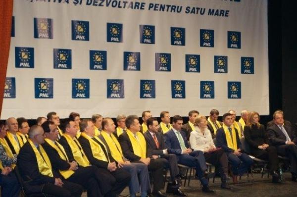 """Lansarea candidaţilor liberali. """"La Tarna Mare e asfalt mai bun ca la Satu-Mare"""" afirmă primarul liberal"""