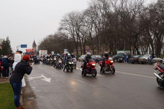 Defilare motociclete în Carei