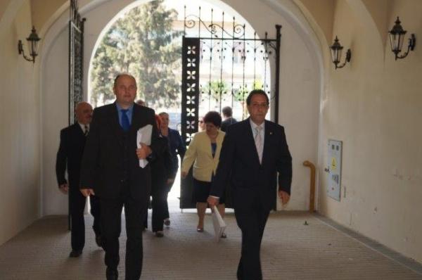 Ilie Ciută şi-a depus oficial candidatura la Primăria Carei alături de colegii săi consilieri. VIDEO