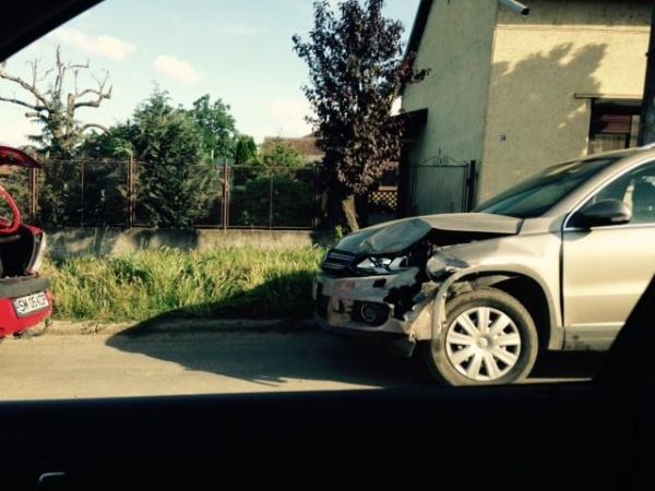 Accident uşor pe Calea Mihai Viteazu. Atenţie şoferi la drumurile careiene