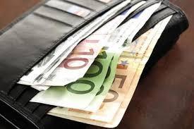 Musafir plin de bani tâlhărit la Căpleni
