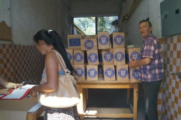 Se distribuie ajutoarele alimentare de  la UE . Program