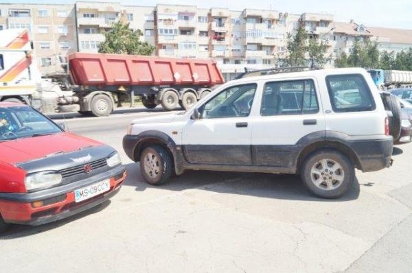 O maşină abandonată….