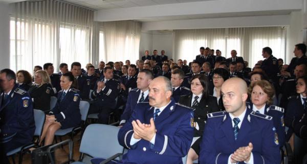 Avansări în grad la Inspectoratul de Poliție