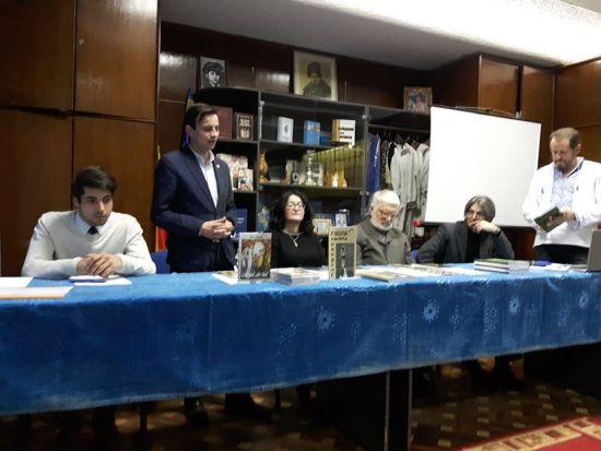 Scriitori sătmăreni la București