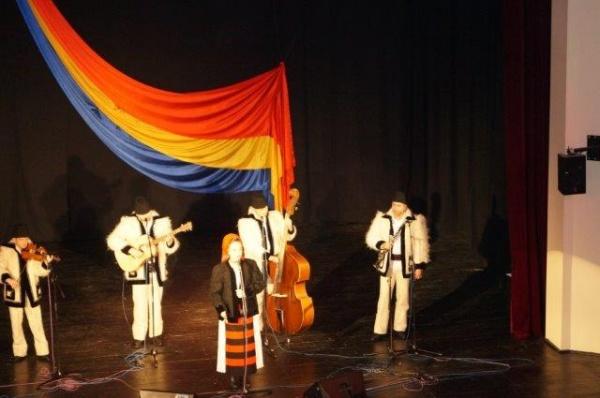 De Ziua României recital de colinzi la Carei