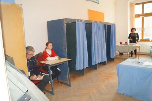 Update. Careienii tineri nu sunt interesaţi de alegerea parlamentarilor. 3% prezenţă