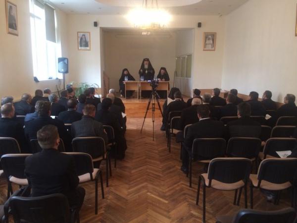 Doi candidaţi pentru scaunul vacant de Episcop al Maramureşului şi Sătmarului
