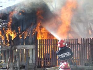4 incendii în 2 zile