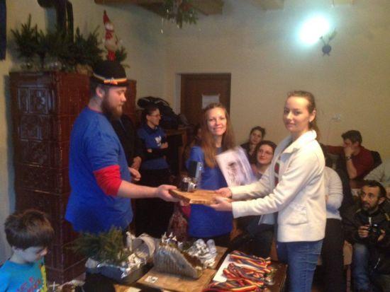 """Elevi careieni la Festivalul montaniarzilor """"Clopul Turistului"""" de la Păltiniş"""